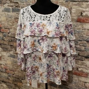 Entro Tiered ruffled Blouse